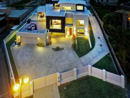 High-end house west Auckland